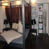 Romantik-Zimmer-Ferienwohnung-Dresden